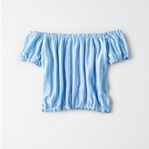 American Eagle cropped striped bubble t-shirt.